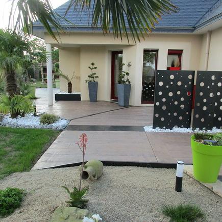 Aménagement autour d''une terrasse - Coëtmieux