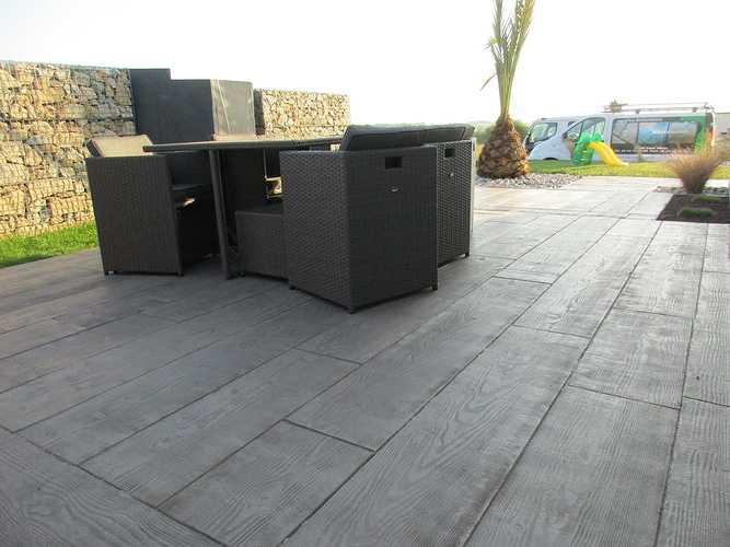 Terrasse en béton imprimé - Saint Alban img2575