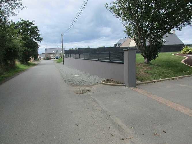 Réalisation d''un mur d''enceinte à Planguenoual 2054542221714141997518857172904695463835844o