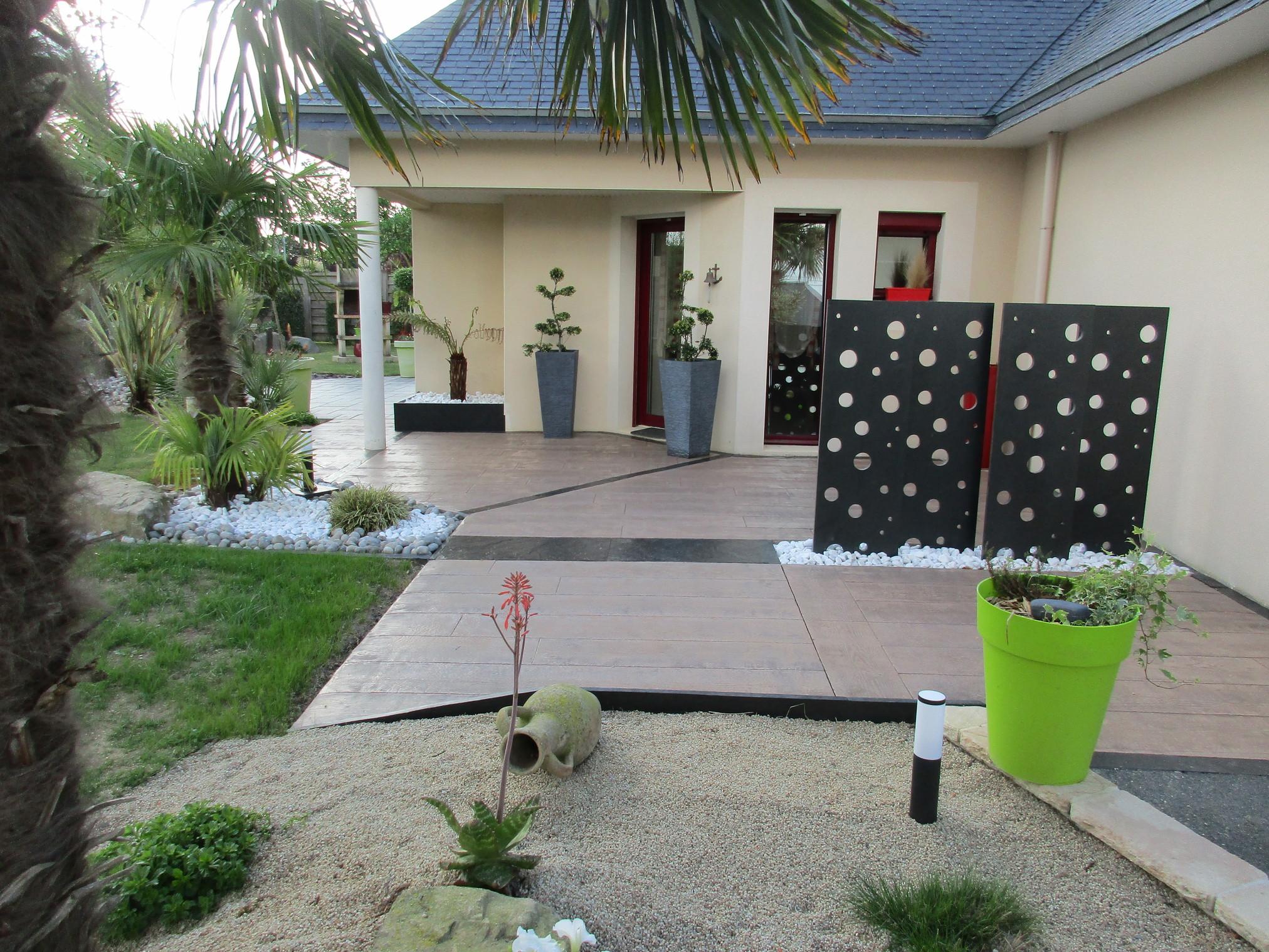Aménagement autour d\'une terrasse - Coëtmieux