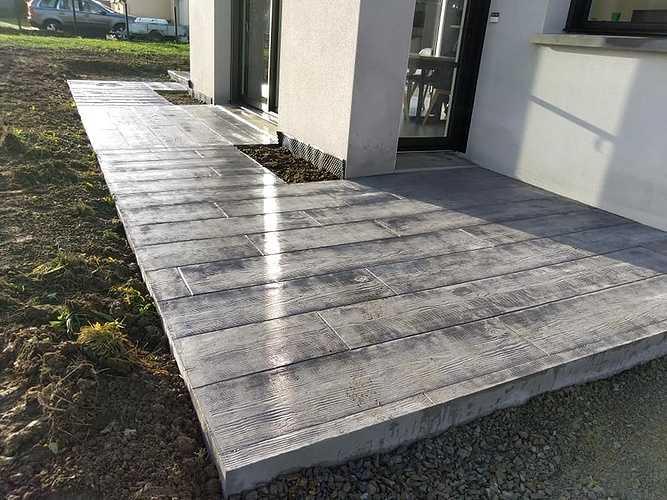 Terrasse béton imprimé bois gris - Trélivan 2
