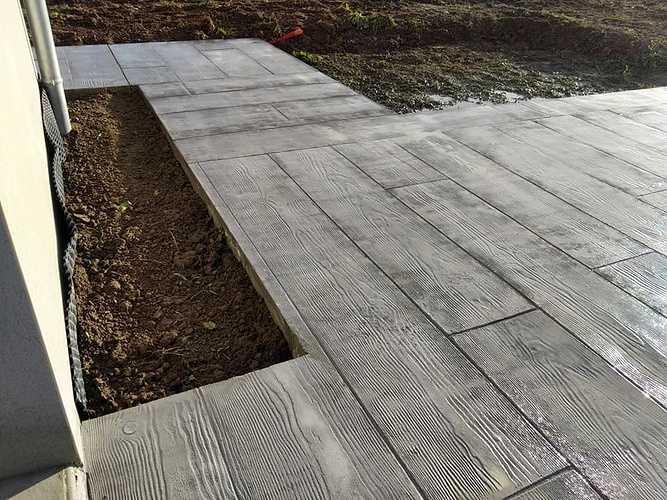 Terrasse béton imprimé bois gris - Trélivan 5